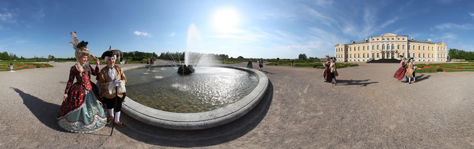 Afternoon in the garden of Rundale Palace, some 200 years ago... | 360° panorama