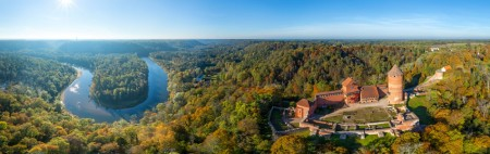 Turaida-castle-aerial-photo-panorama__VIRTUALLATVIA.LV